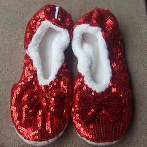 Snoozies! Ruby Red Sequined Slippers XL